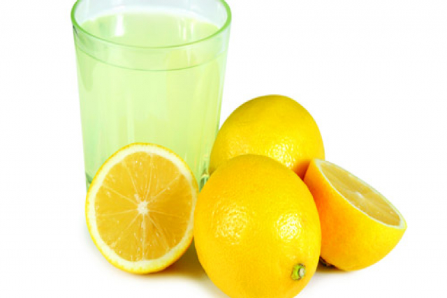 drinking lemon juice for acne