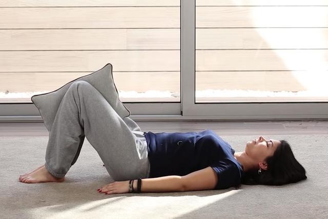8 exercícios para o nervo ciático e como fazer